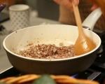 Спагети с кайма и маслини 2
