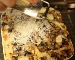 Хлебен пудинг с гъби и бри 8