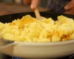 Палачинки с картофена плънка 5