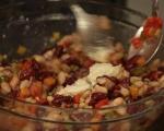 Бобена салата с печени чушки и бабек 2