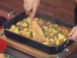 Картофена яхния с яйца и карначе 4