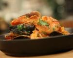 Доматена яхния с миди и скариди 7