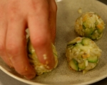 Постни аранчини със сос от маслини 7