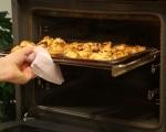 Печени пилешки крилца със сос от синьо сирене 4