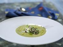 Студена супа от авокадо и нахут