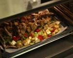Печени зеленчуци върху канапе от ориз 7