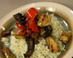 Печени зеленчуци върху канапе от ориз 13