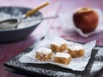 Ябълков локум с орехи