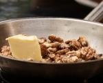 Салата със смокини и карамелизирани орехи 4