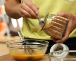 Глазиран ябълково-морковен кейк 2