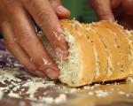 Чеснов хляб 3