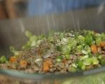 Топла салата от българска леща с пушени гърди 8
