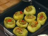 Пълнени картофи със зеленчуци в сос от сирене 3
