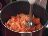 Свежа доматена супа с рибарска апетитка