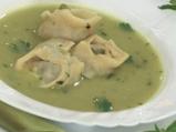 Супа от грах и пелмени с рулца от раци