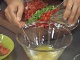 Кюфтета от червен фасул с чушкова салса 3