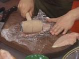 Пилешки рулца с бекон и мариновани гъби 2