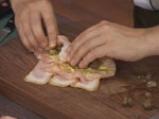 Пилешки рулца с бекон и мариновани гъби 4