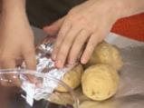Пълнени картофи със сирене на микровълнова фурна 2