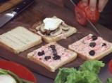 Сандвичи с печени печурки и чушкова майонеза 4