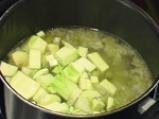 Чеснова супа с тиквички 4