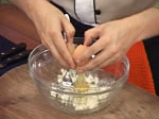 Броколи на фурна със синьо сирене