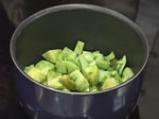 Пилешки нъгетс със зелена доматена салса 2