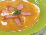 Тиквена супа с вурстчета