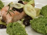 Сьомга с пюре от броколи