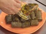 Сарми с лозов лист и маслини 4