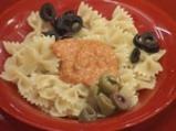 Фарфали с маслини и песто от печени чушки 3