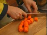 Гъбени пелмени в зеленчуков бульон 2