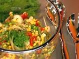 Салата от зелен фасул и царевица