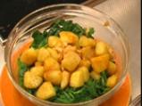 Картофи соте със спанак и сирене 4