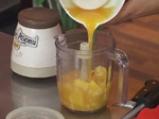 Коктейл от манго с портокали и моркови 2