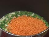 Супа с червена леща, пресен лук и топчета от спанак 3