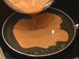 Шоколадови палачинки с ванилов крем 2