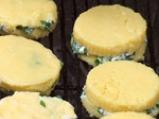 Качамак на скара със сирене \