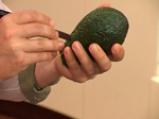 Салата от репички с авокадо 2