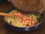 Бакла Санторини върху арабска питка с рукула и бекон 4