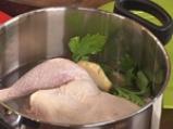 Пилешко фрикасе с гъби и копър 2