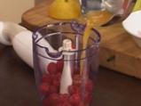 Хрупки с карамелизирани смокини и малинов сос 4