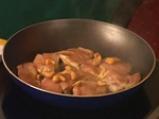 Пилешки медальон в сос от мерло и шоколад 2