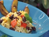 Червен фасул с ориз и пържени зелени ...