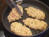 Пилешки гърди с топено сирене и доматен сос с босилек 2
