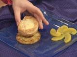 Пай-брюле с праскови и карамелизиран ананас 10