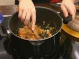 Зелеви сарми с ориз и наденица 4