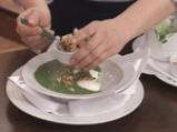 Спаначена крем супа със забулени яйца и орехи 10