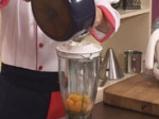 Кокосов крем карамел със супа от праскови и бананов чипс 9