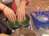 Спаначени палачинки с плънка от броколи и топено сирене 6